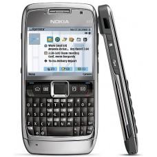 Celular Nokia E71 c/ Wi-fi,3G,GPS, Câm.3.2MP, MP3, Rádio e Cartão 2GB