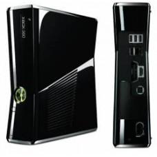 XBOX 360 SLIM 4GB MODELO 1439 C/ CONTROLE SEM FIO + KINECT ( USADO )